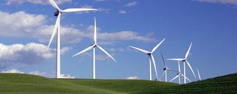 Automatic lubrication systems for wind turbines