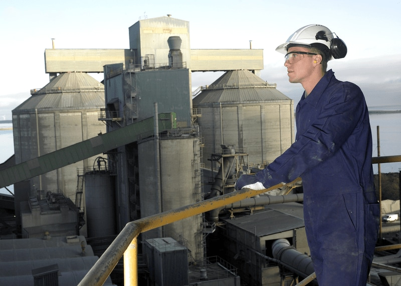 SKF technician in a cement plant