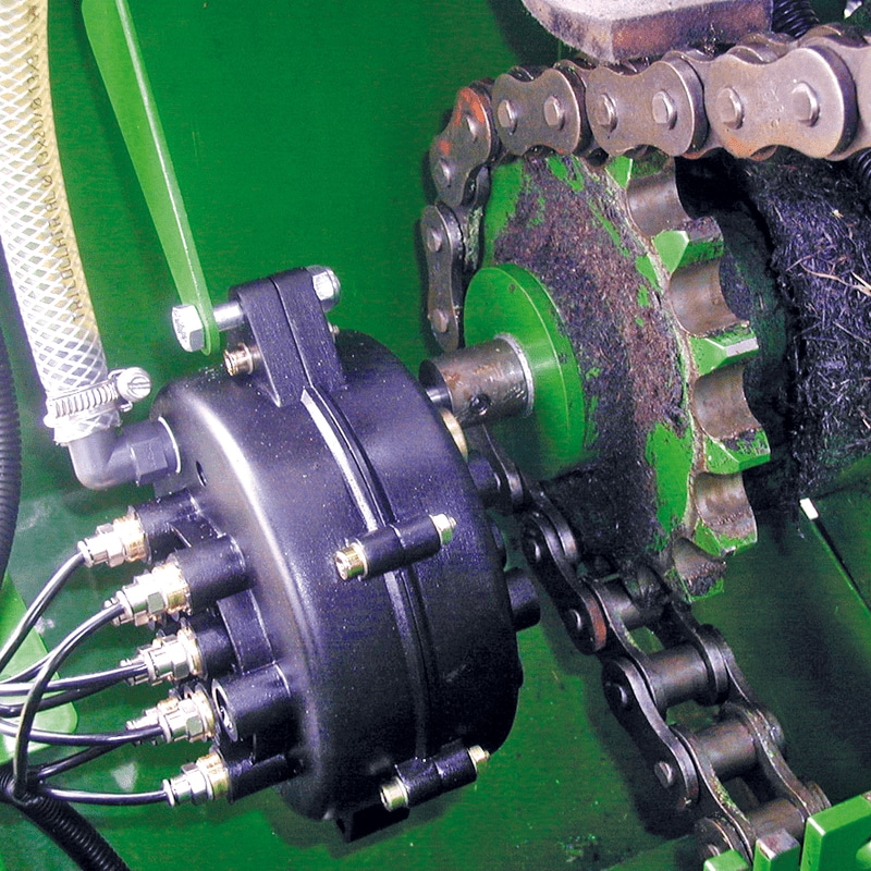 Chain lubrication with MOS-MOP212