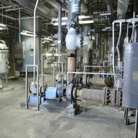 Condensate makeup pump in power plant